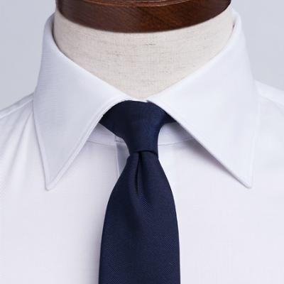 ドレスシャツのおすすめ襟型をご紹介